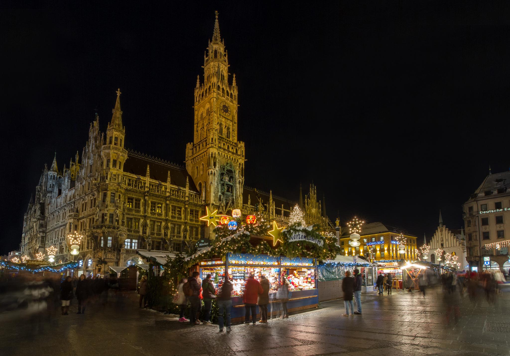 Christmas market at Marienplatz - picture credit Jason Mrachina, Flickr